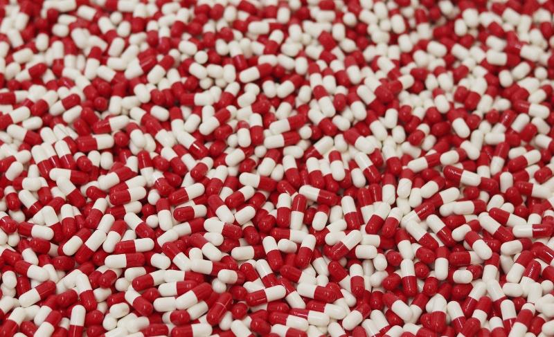 Hundreds of pharmaceutical pills