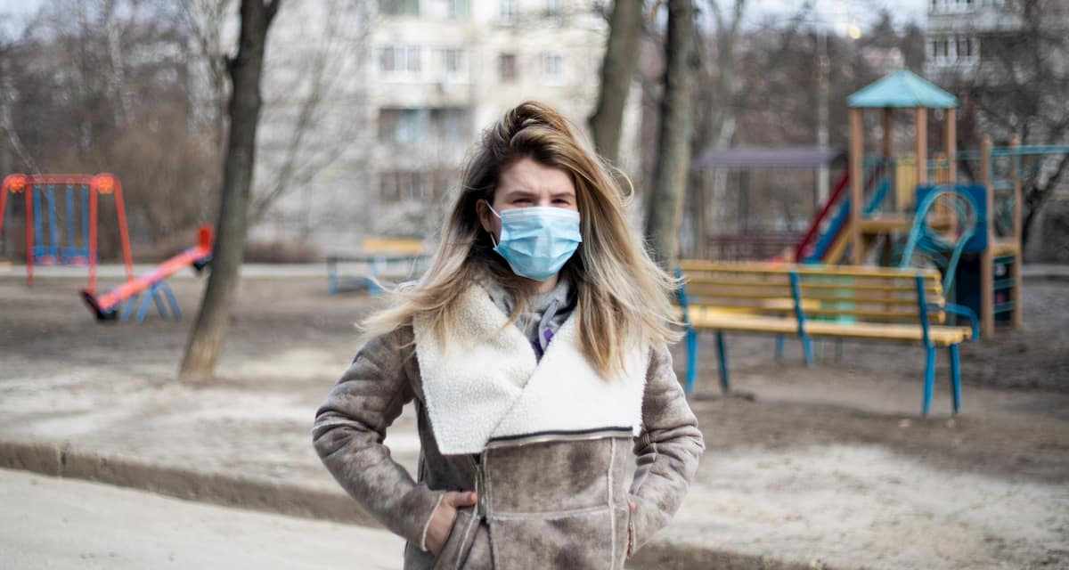 woman-wearing-face-mask-to-prevent-spread-of-viral-infection-and-disease